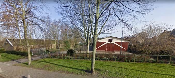 Afbeelding van de kerk aan de Burgemeester Kooimanweg in Hensbroek