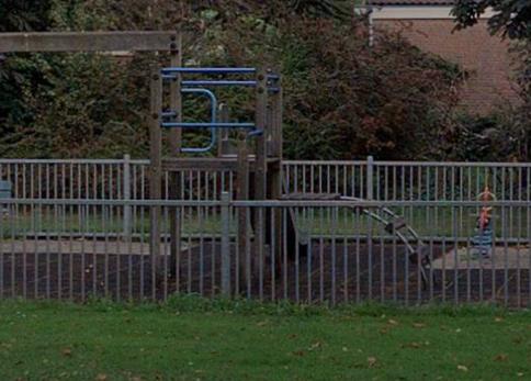 Afbeelding van het speeltoestel aan de Burgemeester de Voslaan in Berkhout